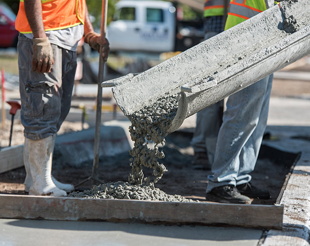 Concrete Pouring | Concrete Flatwork in Southwest Florida - Solid Pave, LLC.
